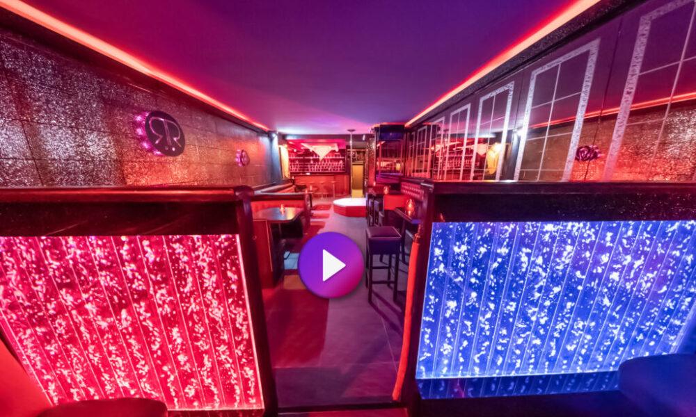 Die RedRose-Bar und der privatere Bereich